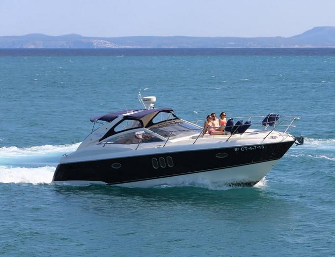 Yachts & boats rental in Marbella